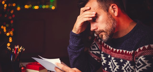 How to Avoid the Holiday Debt Trap